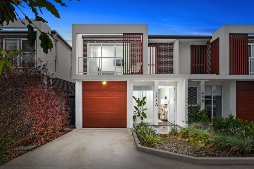 688A Henry Lawson Drive, East Hills